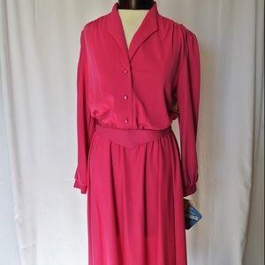 NWT Vintage Pink Long Sleeve Midi Dress